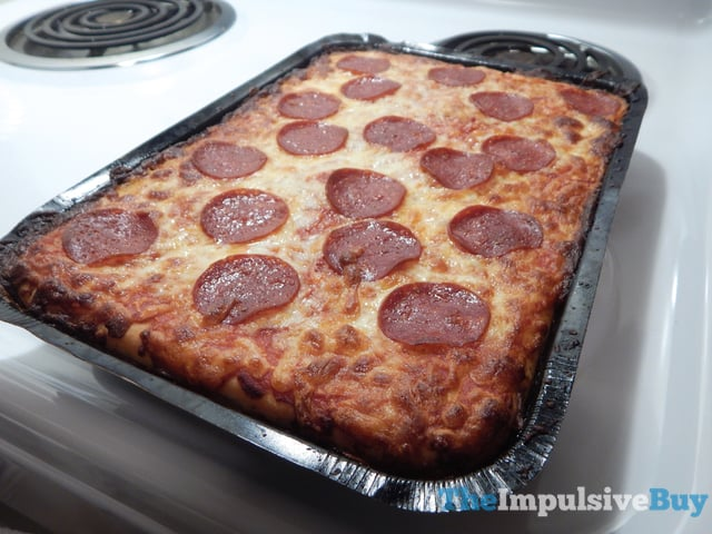 REVIEW: DiGiorno Pepperoni Crispy Pan Pizza - The ...