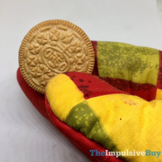 Limited Edition Apple Pie Oreo Cookies 5