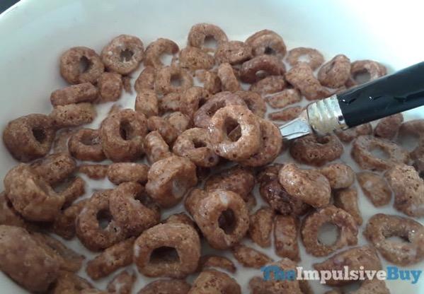 Kellogg s Donut Shop Cereal Chocolate Donut 2