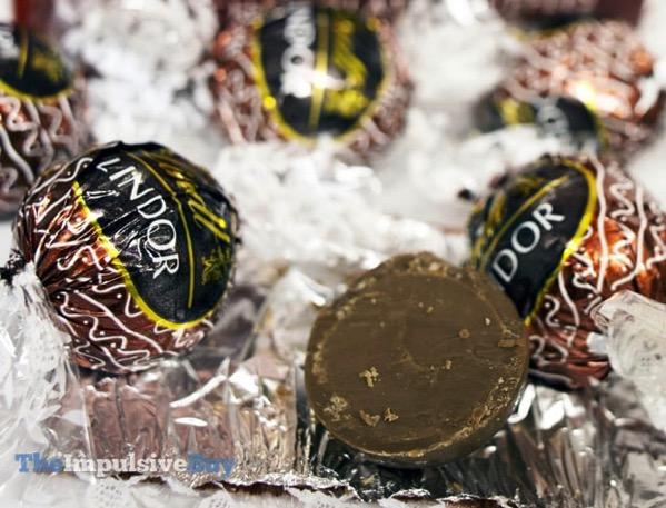 Lindt Lindor Limited Edition Gingerbread Milk Chocolate Truffles 3