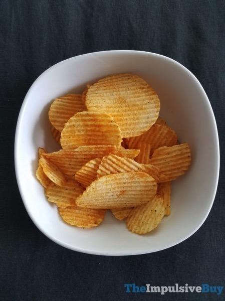 Ruffles Mozzarella  N Marinara Potato Chips 2