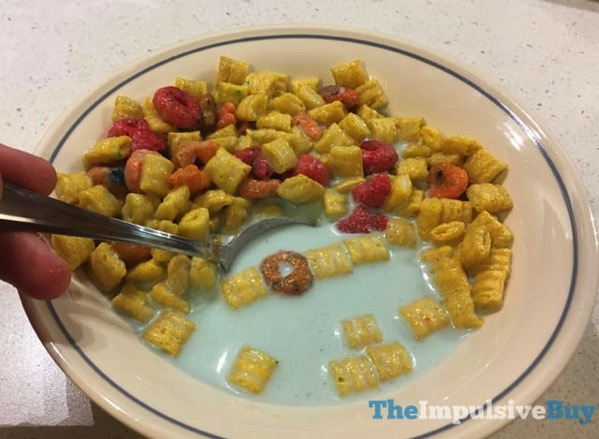 Limited Edition Cap n Crunch s Beach Bash Crunch Cereal 4