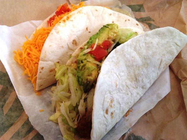 Del Taco Beyond Tacos