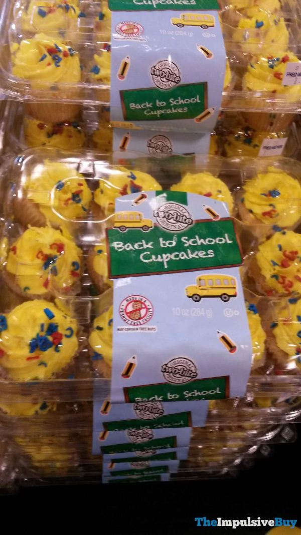 Two Bite Back to School Cupcakes