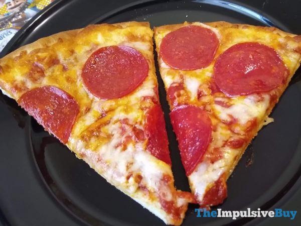 Chuck E Cheese Pepperoni Frozen Pizza Slices