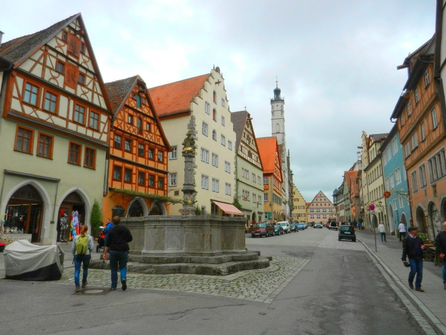 entering-rothenburg-germany