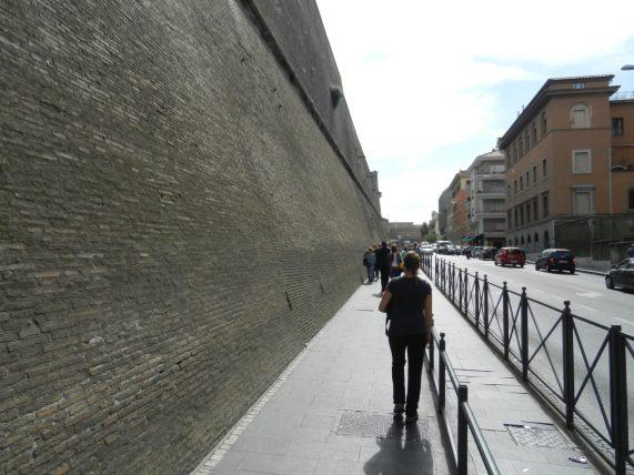Walls Vatican, Italy