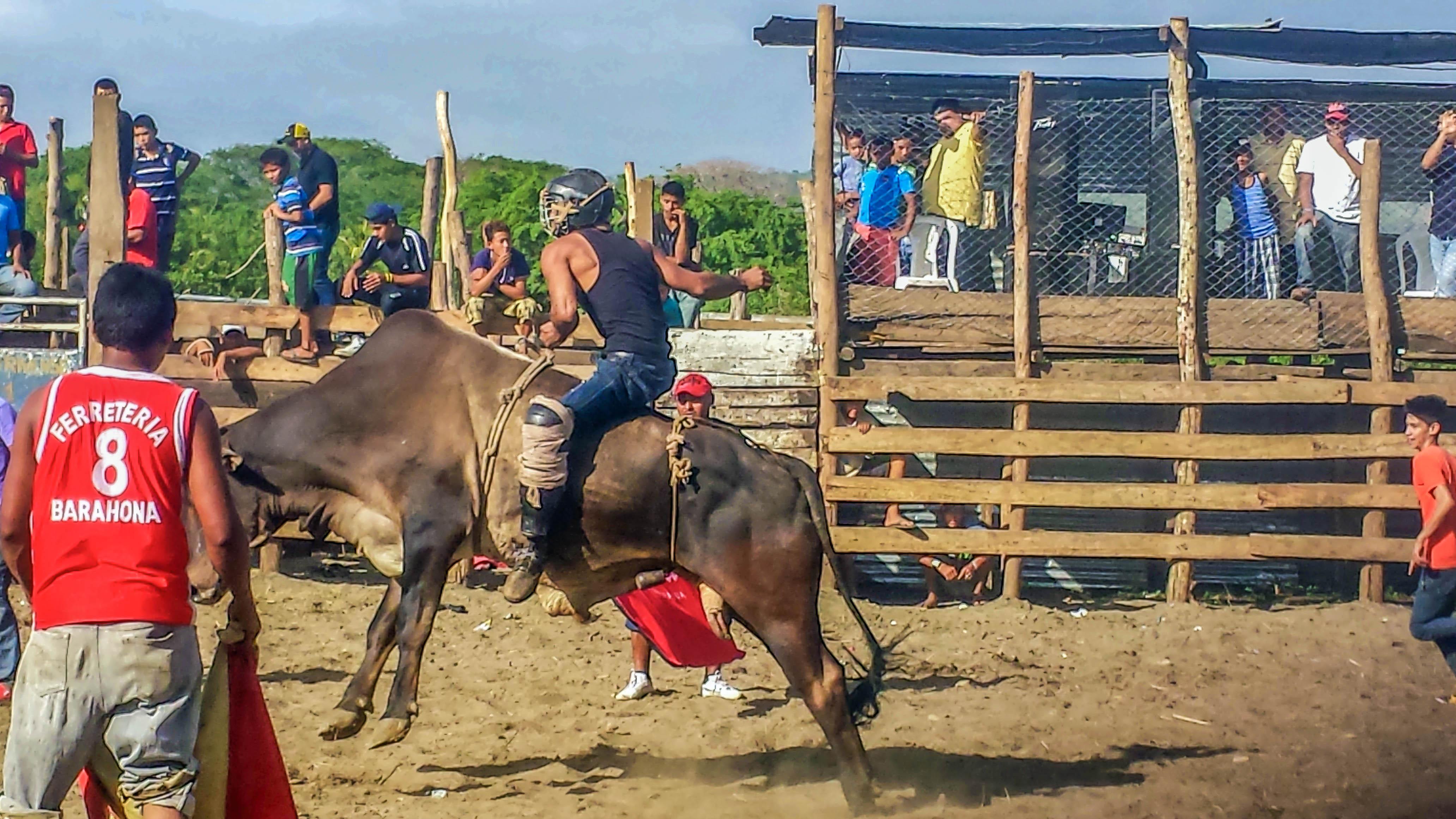 SAN JUAN DEL SUR, NICARAGUA AND THE NAKED TIGER HOSTEL