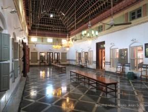 le grand hall de Saratha Vilas, un bijou du Chettinad