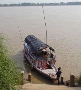 Un bateau écolo sur le Gange