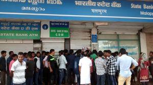 Démonétisation, la queue devant les banques