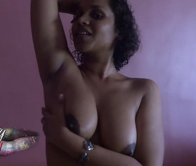 0021 Horny Indian Babe Sexy Armpit Licking