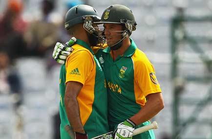 B de Villiers and Hashim Amla