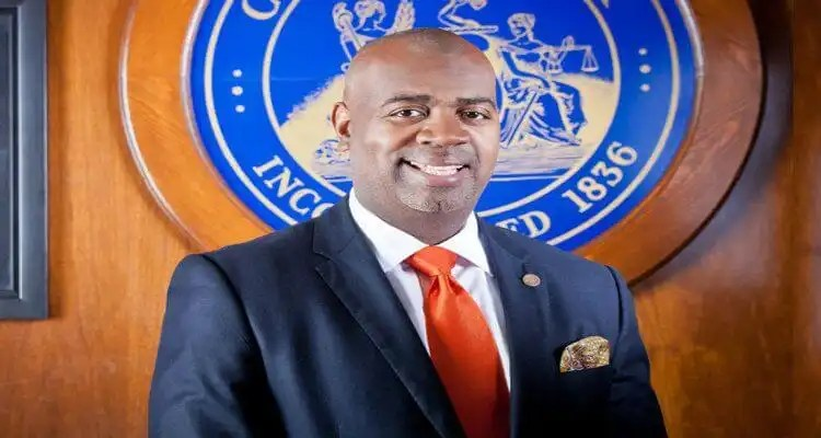 "Newark Mayor Ras J. Baraka to Host ""Power, Politics & Community Reinvestment Summit"" on June 10-11, 2016"
