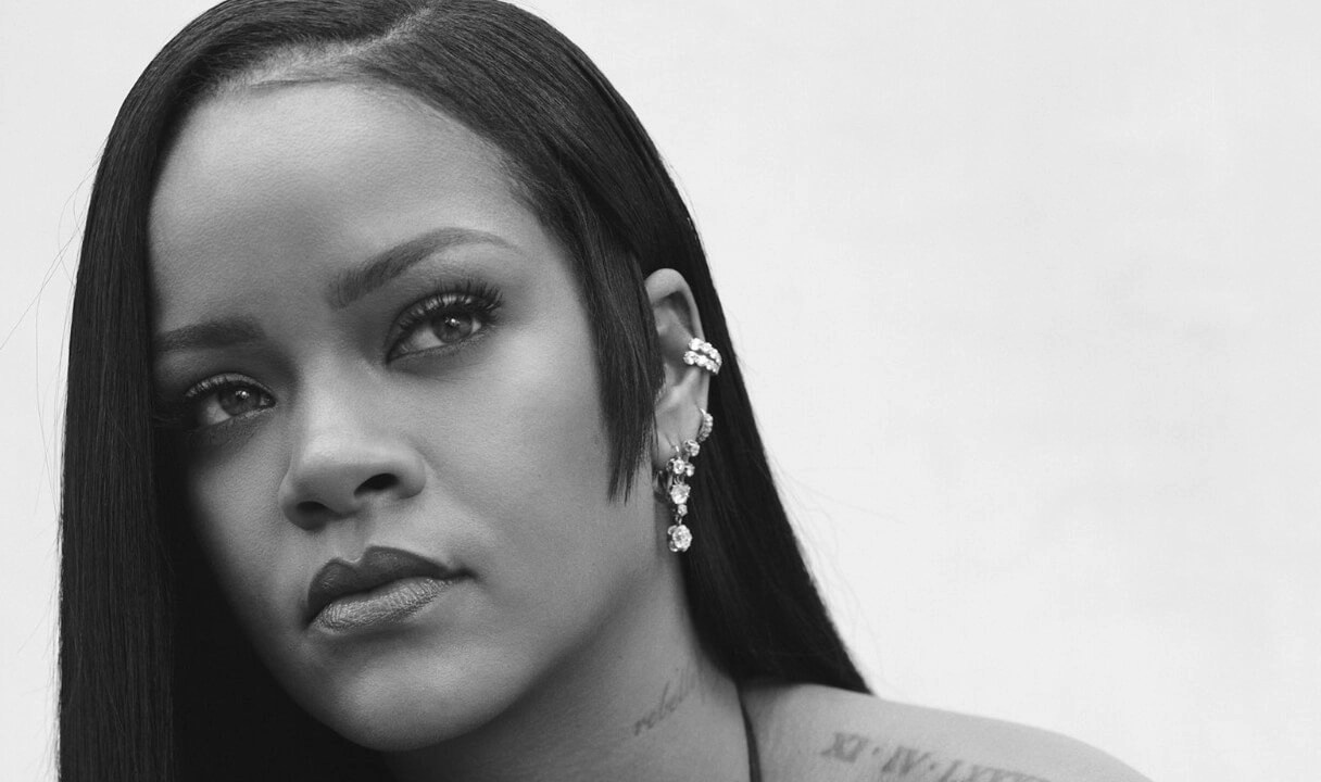 Rihanna Is Officially Declared A Billionaire