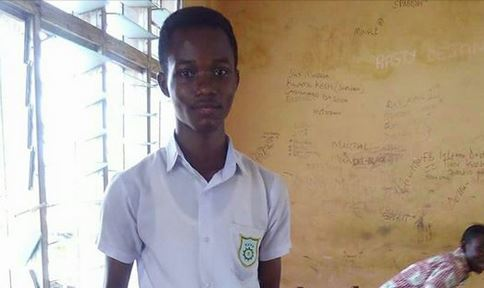 WOW!! See what this talented 14-year-old boy designed using pieces of wood (Photos)