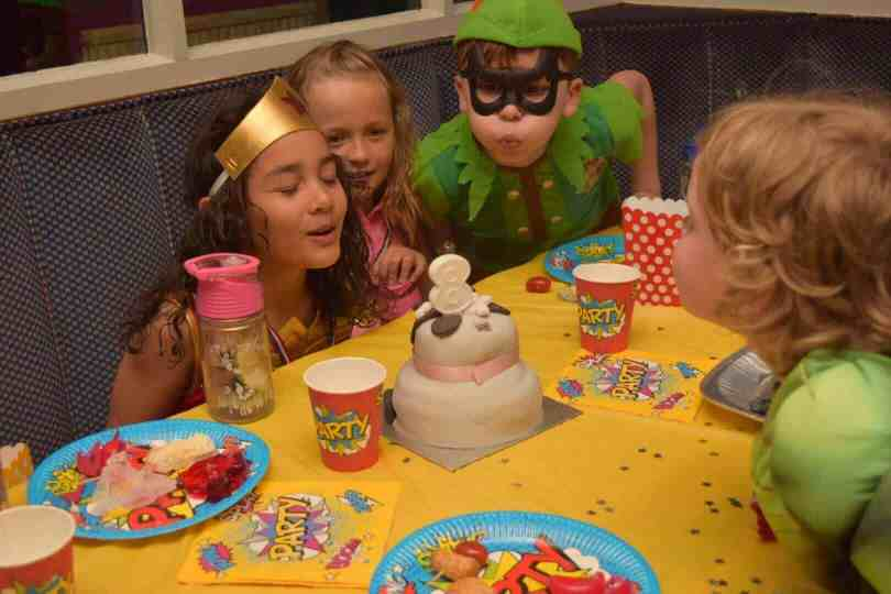 super heroes party