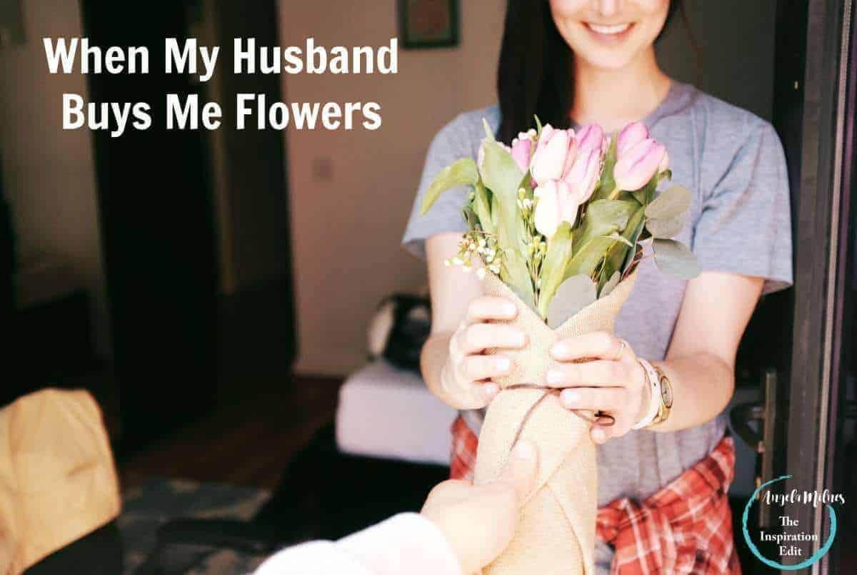 husband buy flowers