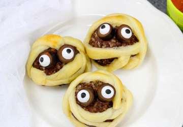 Mummy Meatballs for halloween