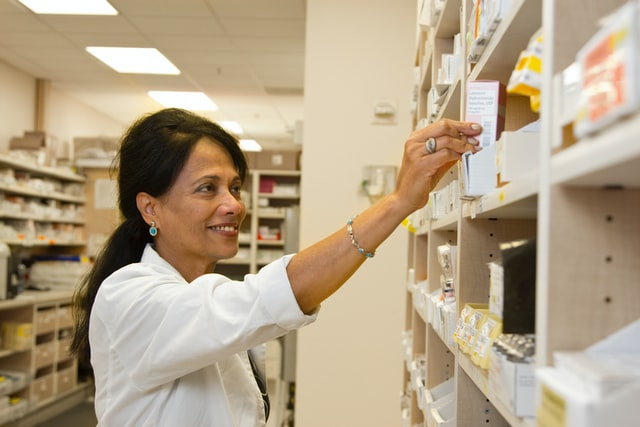 Save Money and Stay Healthy With Online Pharmacy