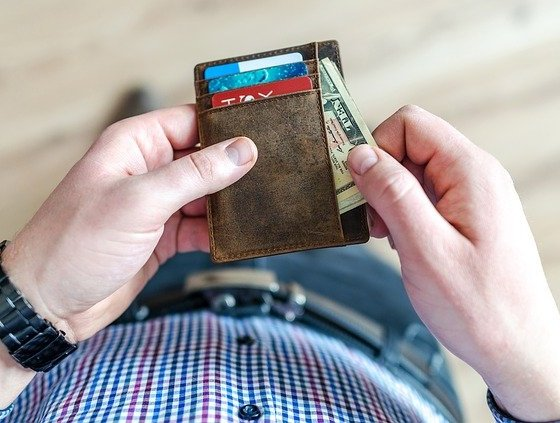 10 Easy Ways to Keep Your Money and Credit Card Secured