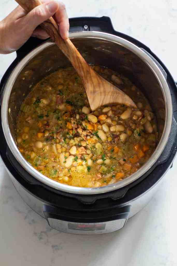 Instant-Pot-Lentil-Soup 3