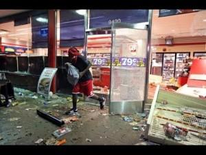 Ferguson store looting