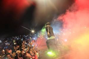 Diamond brings the house down in Meru (PICS)