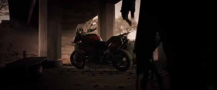 """The opening shot from the new """"Resident Evil"""" mobie"""