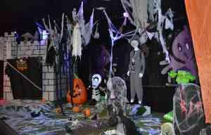 Halloween Scene Display - The Irish Place