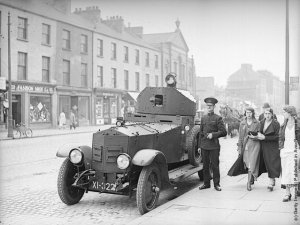 British troops and RUC police in Belfast 1935. They were also present force in 1943.