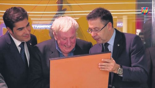 Don Patricio honoured by Barca