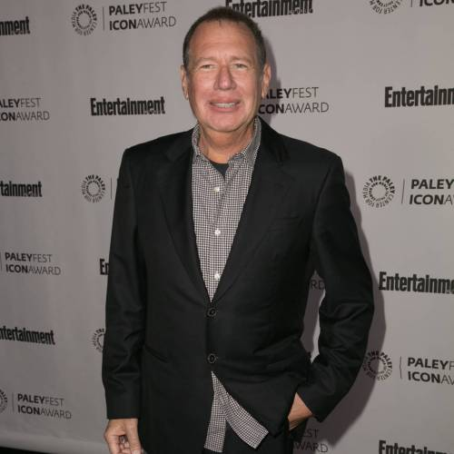 Ricky Gervais and Amy Schumer share tributes to Garry Shandling