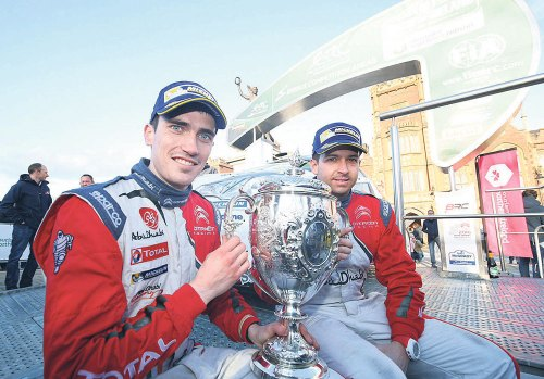 Breen fends off Kajetanowicz to win once more
