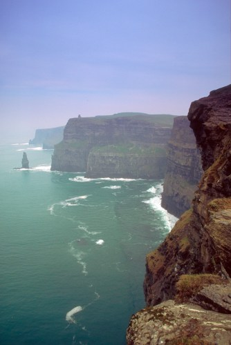 Record numbers visit Cliffs of Moher 2016