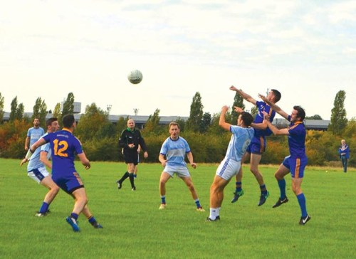 Round Towers hold off Parnells comeback