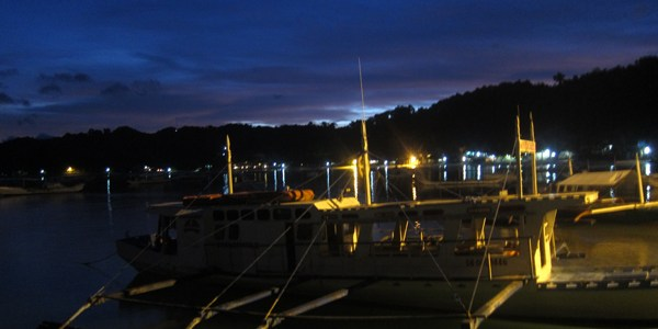 A night on the (El Nido) town