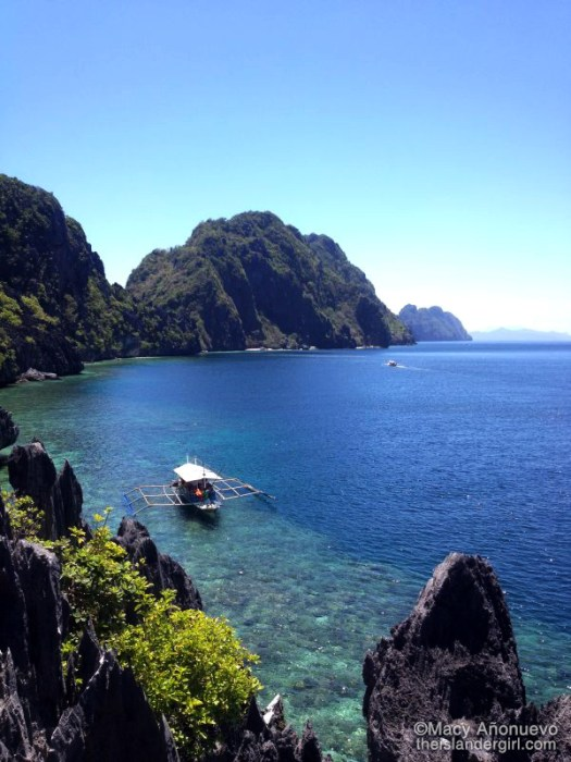 Same view, different boat and focus (Matinloc Island, El Nido)