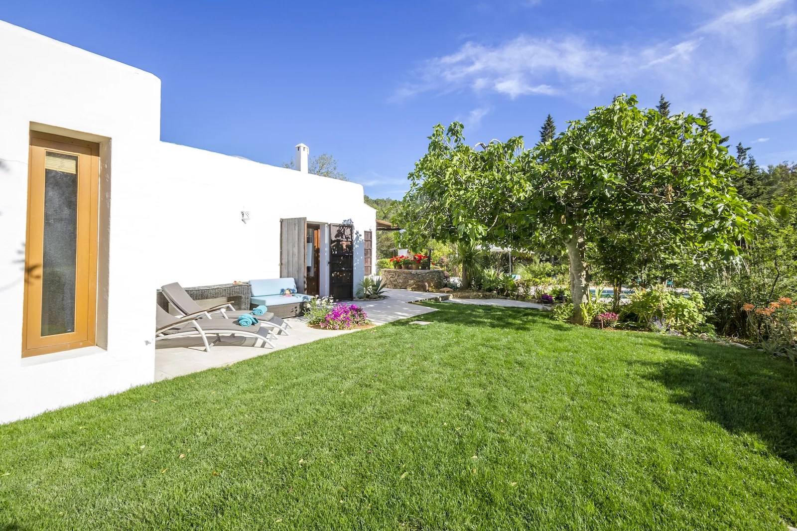 Casa Avalon 4 bedroom villa for rent Santa Gertrudis Ibiza