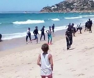 migrants invade spain