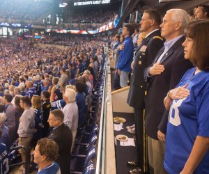 Pence walks from NFL game