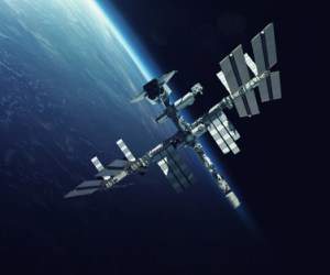 chinese space station crushing onto earth