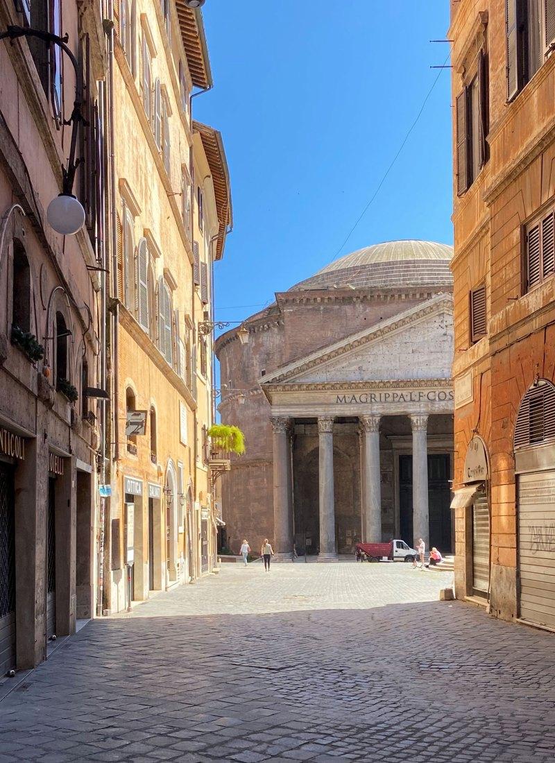 Empty Rome: A Photo Series