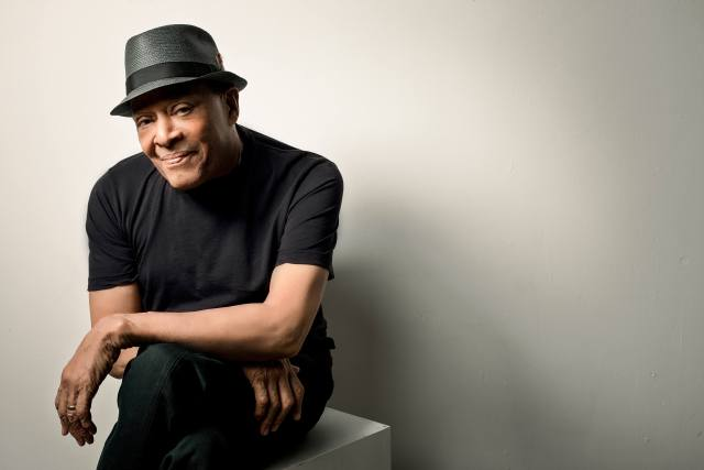 Al Jarreau dies at 76