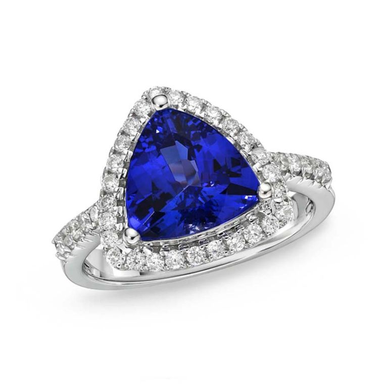Tanzanite Engagement Rings A Bold And Fashionable Gemstone