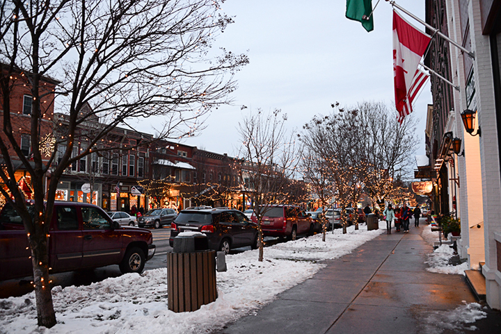 Christmas in Ellicottville Main Street
