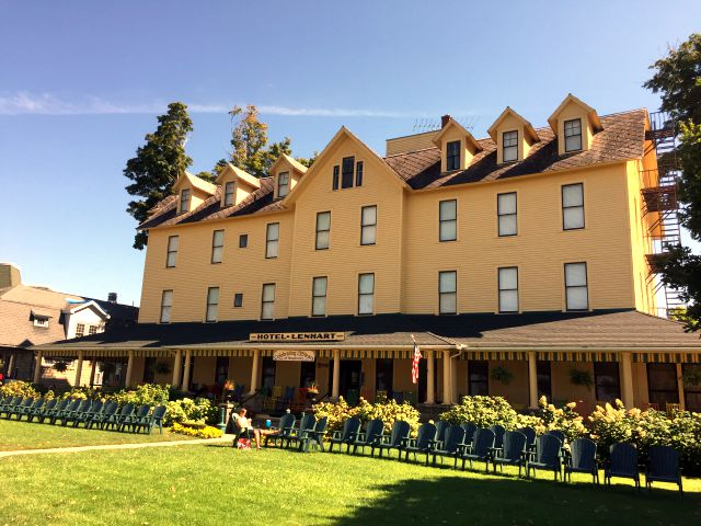 Hotel Lenhart Bemus Point, NY Chautauqua County