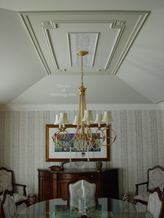 Tray ceilings decorate with moldings or paint the joy - How to decorate a dining room ...
