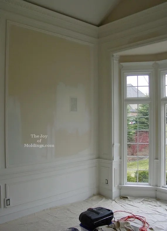 vaulted ceiling crown molding chair rail bay window trim