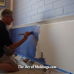 how to paint wainscoting